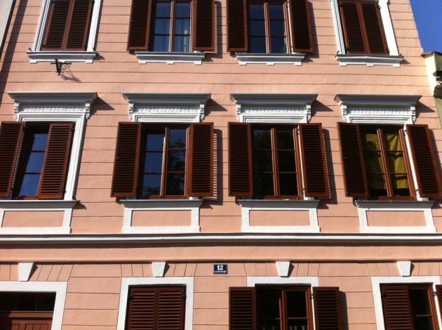 NACHHER: Durchgeführte Fassadenrenovierung durch die Purpurroten Malermeister